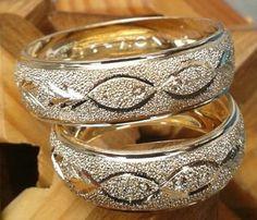 Argollas de matrimonio Wedding Ring Designs, Wedding Ideas, Toe Rings, Ring Finger, Silver Jewellery, Ring Earrings, Girls Best Friend, Precious Metals, Wedding Bands