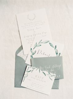 Al fresco invitation suite: http://www.stylemepretty.com/2016/06/06/a-sonoma-wedding-inspired-by-old-world-tuscany/ | Photography: Michele Beckwith - http://michelebeckwith.com/