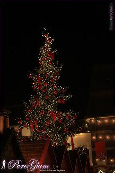 Evening impressions of Dusseldorf, Germany – Christmas market