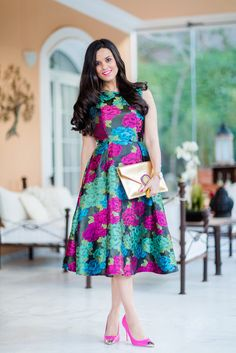 Outfits that look extraordinary are what every woman wants. These Stunning Outfits for Hourglass Body Shaped Women will tell you how to flaunt your curves. Cheap Formal Dresses, Plus Size Formal Dresses, Dress Plus Size, Lovely Dresses, Elegant Dresses, Modest Fashion, Fashion Dresses, Floral Fashion, Floral Dress Outfits