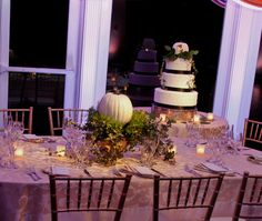 Pumpkin Table Theme in White up-lighting