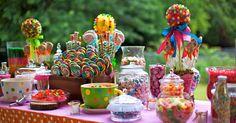 Aproveitem estas lindas inspirações para montar uma mesa de guloseimas super original, e que vai fazer o maior sucesso na sua festinha!!...