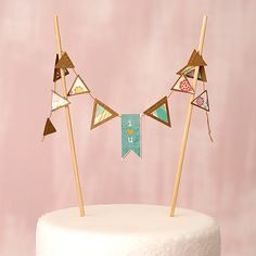 Mini Kraft Paper Pennant Garland #garland #pennant #wedding