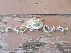 SHABBY & CHIC ARCHITECTURAL FURNITURE APPLIQUES FLORALS * NEW * ONLAYS MOLDINGS  #doityourselfChic