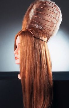 Hair scaffolding for a pouf Hair scaffolding for a pouf Wig Styles, Long Hair Styles, 18th Century Wigs, Fantasy Hair, Wig Making, Hair Shows, How To Make Hair, Curled Hairstyles, Vintage Hairstyles