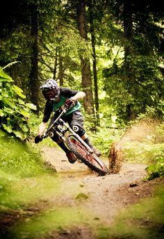Rider: Thomas Prof Schmitt | Location: Spielberghaus Salbach/Hinterglem, Austria | Photo: Dominic Zimmermann | Spring / Summer Collection 2012 | www.zimtstern.com | #zimtstern #spring #summer #collection #mens #bike #downhill #mountain #cross #nature #alpine #trail