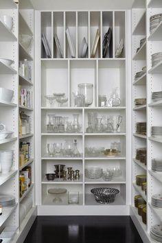 Um closet para louças, amei!