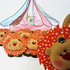 Leoas para um circo. #circo #lembrancinha by Girassóis Mágicos, via Flickr