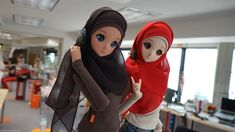 Smart Doll Ebony & Mirai-chan today in the office. 今日のスマートドールエボニー & みらいちゃん。