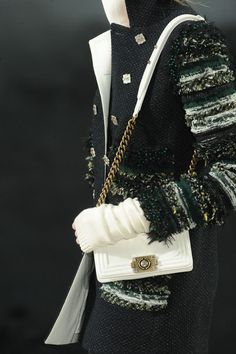 Chanel Fall 2011 - Details| Keep the Glamour | BeStayBeautiful
