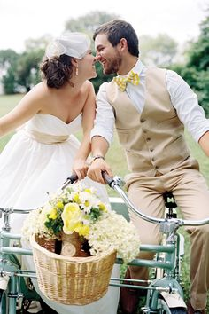 bride and groom| Have a little fun and enjoy your newly minted status as wife with a bike ride during cocktail hour with your new husband.
