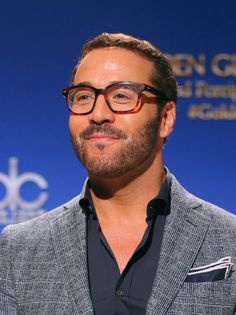 Photos from the Golden Globe Awards Nominations Announcement Jeremy Piven Jeremy Piven, Literacy Rate, Operating Model, Golden Globe Award, Golden Globes, Disabled People, Men Formal, Ancient Rome, Past Tense