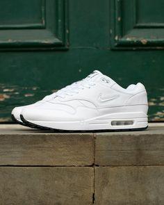Nike Air Max 1: White