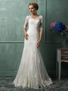 Half Sleeves V Neckline Lace Wedding Dresses