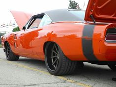 5 Good-Looking Hacks: Muscle Car Wheels Motorcycles car wheels design aston martin.Old Car Wheels Transportation. Mopar, Oem Wheels, American Muscle Cars, Hot Cars, Custom Cars, Dream Cars, Classic Cars, Dodge Chargers, Super Sport