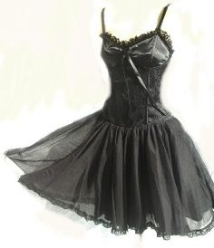 Punk prom, Fashion for girls and Punk on Pinterest