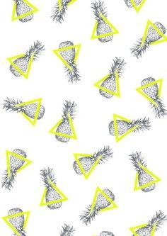 Les ananas en noir et blanc créer un motif mais avec l'ajout du triangle jaune vient créer un motif plus intéressant