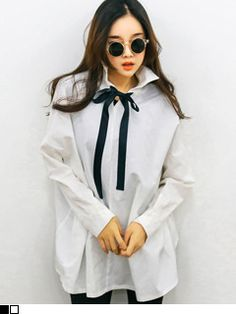 Today's Hot Pick :Reversible Button Down with Neck Ribbon http://fashionstylep.com/SFSELFAA0006715/yubsshopen/out Explore unlimited possibilities in style with this top. This shirt comes with a double flat collar - one on the front, and one at the back