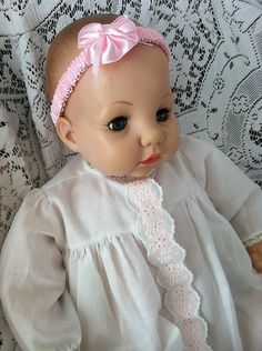 """Madame Alexander 18"""" Original Vintage Victoria Crier Baby Doll. Very sweet. My Grandpa gave me one for Christmas in the '70's."""