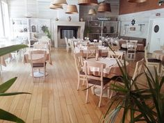 Cherhanaua Ancora, restaurant pescaresc in Herastrau Romania, Conference Room, Table Settings, Restaurant, Furniture, Home Decor, Decoration Home, Room Decor, Diner Restaurant