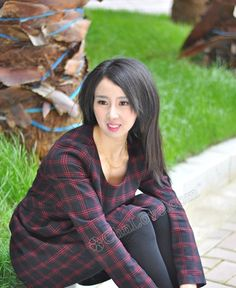 """Hello my name is Bella. I'm 32 years old and from Nanchang/Jiangxi China  Year of Birth:1984  Zodiac:Scorpio  Weight:99 lbs (45kg)  Height:5'4"""" (162cm)  Smokes: Nonsmoker  Drinks:Socially/On occasion  English:Learning  Religion:Christian  Education:Bachelor  Have Children:Yes  Profession:Upper Manag/Executive  Marital Status:Divorced  About myself and my ideal match:  I've been described as humorous by my friends and I certainly know how to tell a joke or two. I always make others laugh and…"""