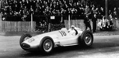 Double victory at the Pau Grand Prix, April 8, 1939. The winner Hermann Lang in a Mercedes-Benz racing car W 154. Manfred von Brauchitsch finished in second place.