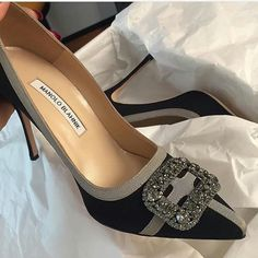58 High Heels That Will Make You Look Great shoes casuales cómodos de vestir deportivos hermosos hombre mujer vans Pretty Shoes, Beautiful Shoes, Cute Shoes, Me Too Shoes, Stilettos, High Heels, High Sandals, Zapatillas Peep Toe, How To Have Style