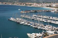Puerto Deportivo #xabia #javea #costablanca #port Javea Spain, Catamaran, Sailing Yachts, Canario, Luxury Yachts, Swimming Pools, River, Explore, City
