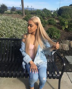 Shop our online store for blonde hair wigs for women.Blonde Wigs Lace Frontal Hair Blonde Wigs For Sale From Our Wigs Shops,Buy The Wig Now With Big Discount. Frontal Hairstyles, Weave Hairstyles, Dope Hairstyles, Blonde Wig, Blonde Ombre, Lace Front Wigs, Lace Wigs, Real Hair Wigs, Lace Hair