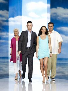Gabrielle Anwar, Sharon Gless, Bruce Campbell and Jeffrey Donovan in Burn Notice
