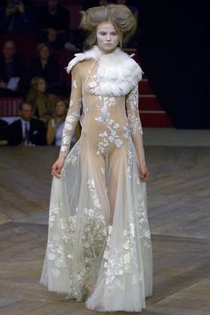 Alexander McQueen : spring/summer 2007 ready-to-wear, look 9