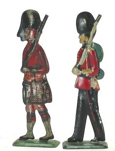 Britains scale antique lead toy soldier figure flat tin Highlander and Guard 2pc #unknown