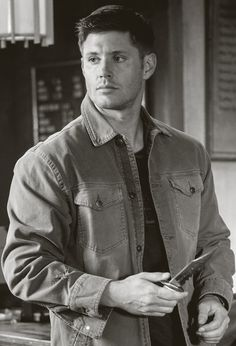 "Jensen Ackles as Dean Winchester - Supernatural  9x02 ""Devil May Care"""