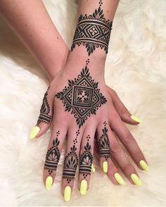 Henna Tattoo Designs On Shoulder . Henna Tattoo Designs On Shoulder . Unique Mehndi Designs, Mehndi Designs For Fingers, Beautiful Henna Designs, Best Mehndi Designs, Mehandi Designs, Henna Designs For Men, Tribal Henna Designs, Henna Hand Designs, Henna Tattoo Hand
