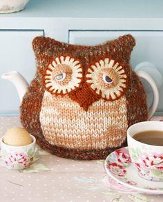 Morning Owl Tea Cosy Knitting Pattern