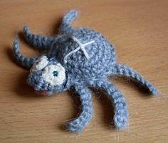 Háčkovaná pavoučice křižáková