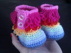 Fluffy Crochet Booties <3  - www.facebook.com/IvkinKutak