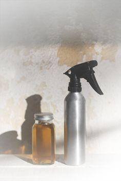 Apple cider vinegar Hair Rinse to stimulate hair growth