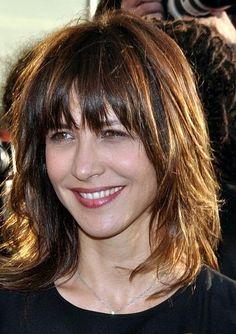 Sophie Danièle Sylvie Maupu, dite Sophie Marceau, née le 17 novembre 1966 à Paris, est une actrice et réalisatrice française.