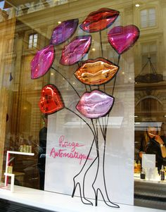 guerlain (BB) A pretty and simple display. Hats can replace the lips as balloons! #millinery #judithm #hats