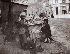 Ice-Cream Seller in Berlin / Photo c.1900 Trade, Street Trading.  Berlin Germany. Street scene with ice-cream seller and children.  Photo, undated, c.1900. From a series of glass slides. (Published by: F.Albert Schwartz and Photographische Lehranstalt Jens Lützen, Berlin).