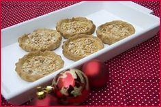 Las tortas de recao son unos dulces de navidad típicos de Murcia. Son unos dulces deliciosos con un sabor intenso a miel y almendras.