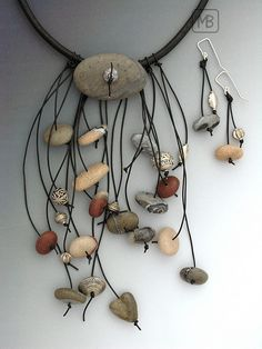 Bettina Mertz on The Polymer Arts blog. Faux polymer stone necklace. www.thepolymerarts.com