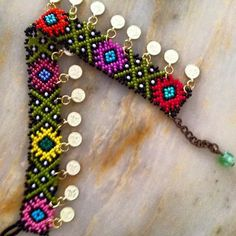 This Pin was discovered by Seh Bead Loom Patterns, Beaded Jewelry Patterns, Beading Patterns, Seed Bead Necklace, Beaded Necklace, Beaded Collar, Bead Crochet, Loom Beading, Bead Art