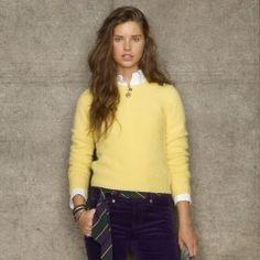 ✔ Yellow Sweater