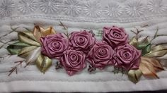 LOY HANDCRAFTS, TOWELS EMBROYDERED WITH SATIN RIBBON ROSES: NATAL
