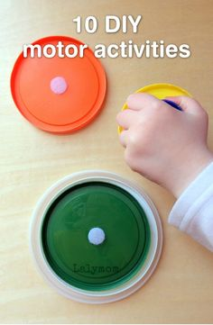 Who would have thought that velcro could be such a fun way for your little one to learn? These 10 DIY motor skill activities are perfect for your toddler!
