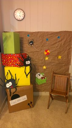 I made a scene setter for my son's birthday for the theme he wanted, Om Nom from Cut The Rope. It has om nom, his candy, spiders, stars and even the boxes to represent levels.