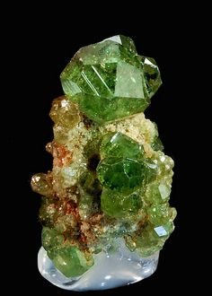 Andradite var. Demantoid garnet / Mineral Friends <3