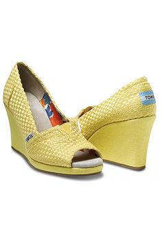 95f19df516c Featuring a natural basket weave upper and matching wedge wrap to carry you  through spring in solid color